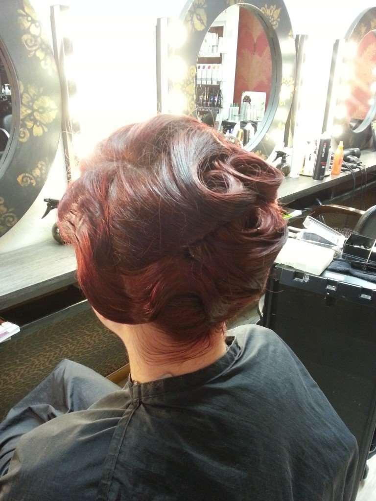retro hair