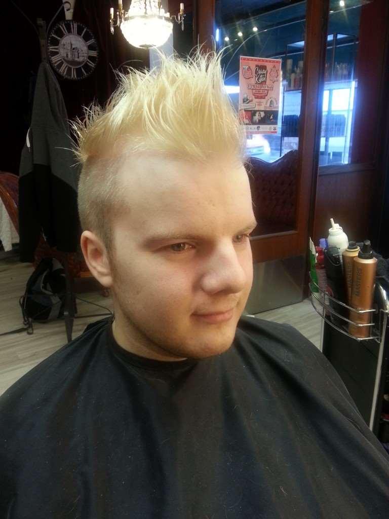 punk hair blonde