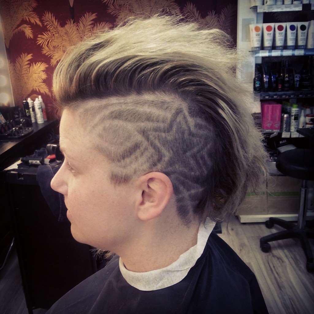 hair tatto star