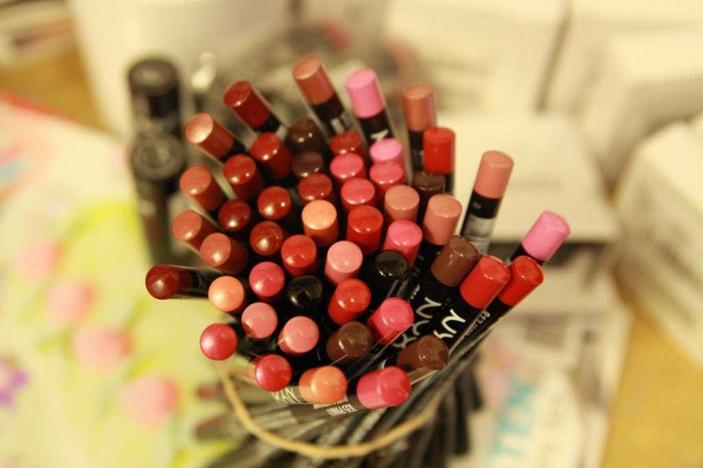 nyx lipsliner